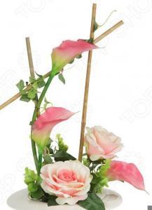Декоративные цветы Dream Garden «Розы и каллы розовые» на подставке